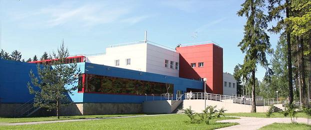 Здание онкоцентра ЛДЦ-МИБС в Песочном